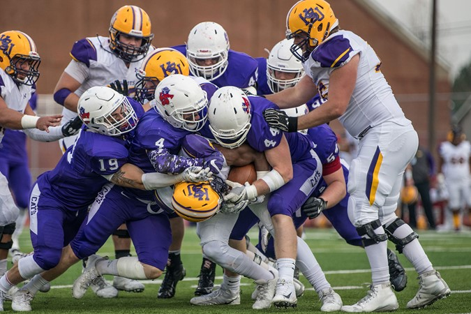 Linfield Drops Hsu 27 13 Earns Rematch With Umhb Linfield College